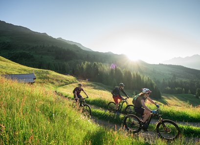 Mountain bikers enjoy active the mountain landscape of Kappl with good weather
